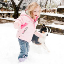 photo of Marlo Armstrong in snow by Heather B. Armstrong for dooce.com