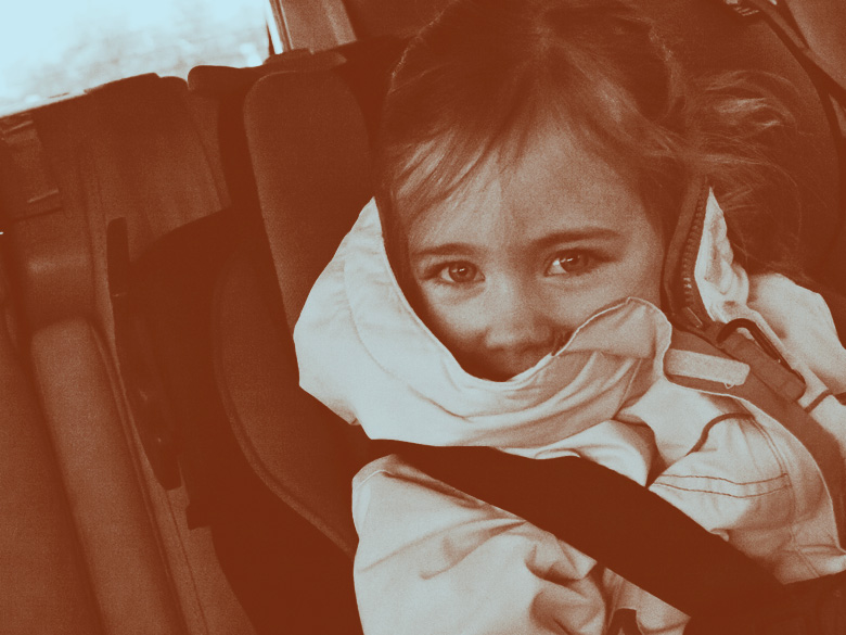 picture of daughter in car by Heather B. Armstrong for dooce.com